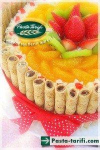 Karışık meyveli pasta tarifi