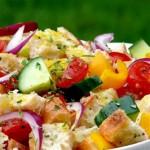 Ekmekli Yaz Salatası