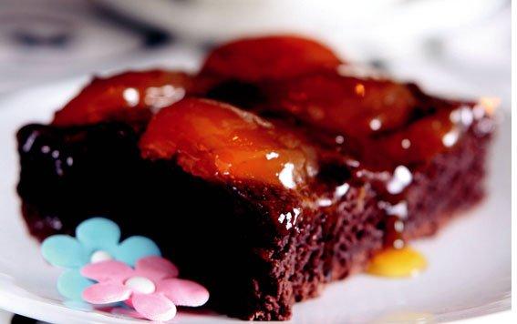 Reçelli Ve Çikolatalı Kek Tarifi