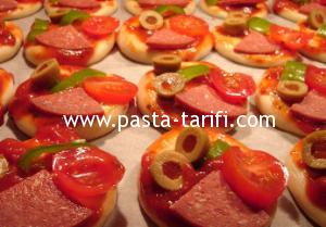 minik_pizza_tarifi