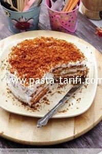 tarcinli_havuclu__pasta
