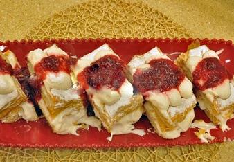 Profiterollü Milföy Pasta Tarifi