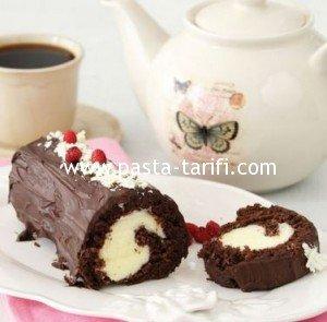 Çikolatalı Rulo Pasta