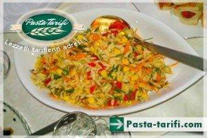 dereotlu-arpa-sehriye-salatasi