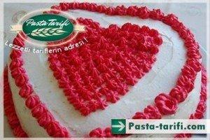 kalp-seklinde-pasta-tarifleri