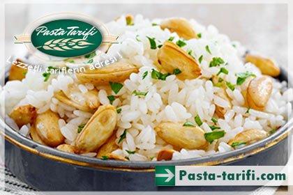 Bademli Pirinç Pilavı