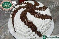 Hazir kekten yaş pasta