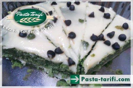 Kremalı Ispanaklı Pasta Tarifi
