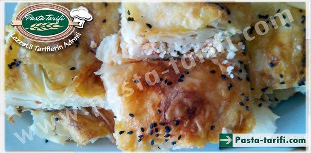Hazır Yufkadan Peynirli Börek