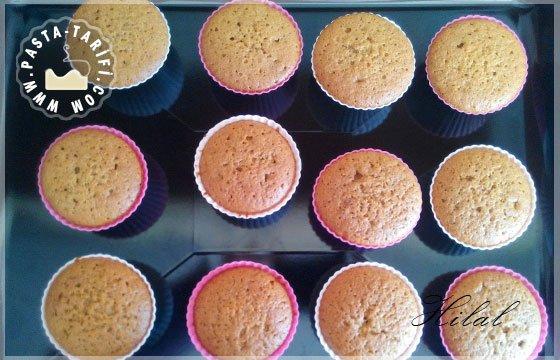 Kış Muffini (Limonlu Tarçınlı Zencefilli Kek)