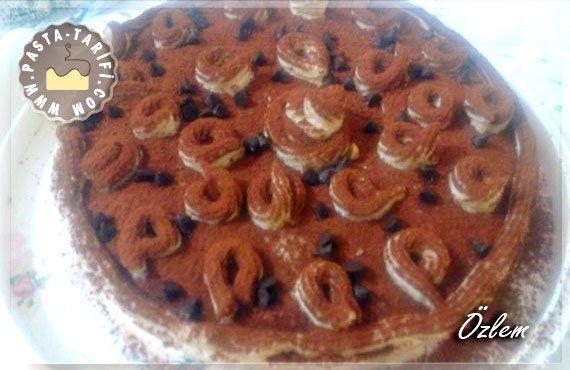 Hazır Pasta Keki İle Tiramisu