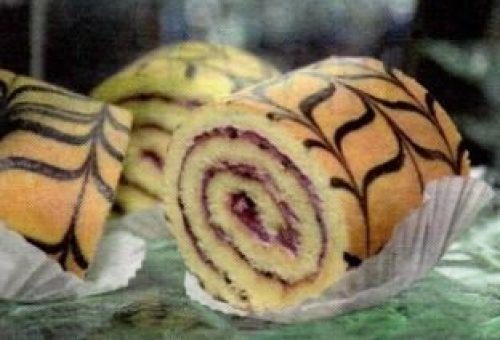 Ayva Püreli Rulo Pasta Tarifi