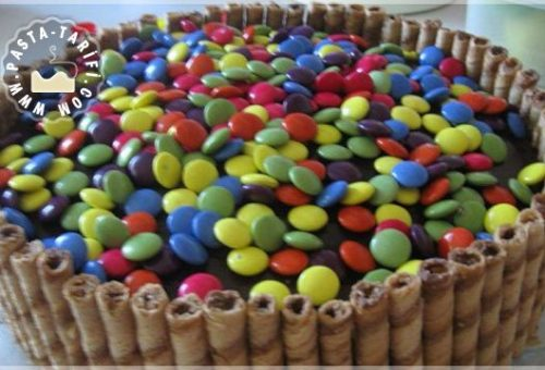 Bonibonlu Yaş Pasta Tarifi