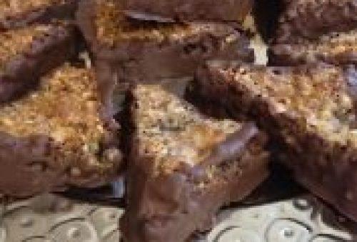 Bademli Fındıklı Çikolata