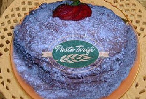 Fındıklı Çikolatalı Yaş Pasta Tarifi