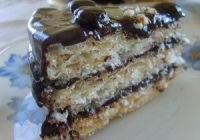 Çikolata Soslu Kağıt Helva Pastası