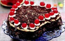 Şerbetli Kalpli Yaş Pasta Tarifi