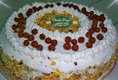 Kremalı Kolay Pasta Tarifi