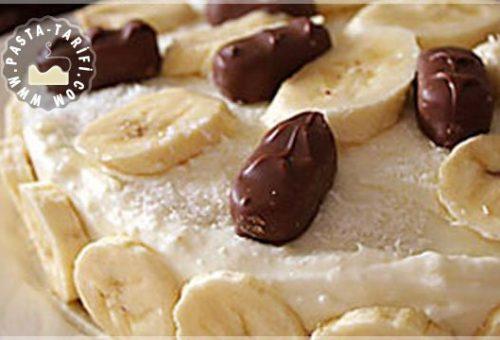 Hindistan Cevizli ve Muzlu Pasta Tarifi