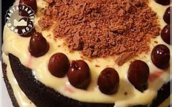 Vişneli Beyaz Çikolatalı Pasta Tarifi