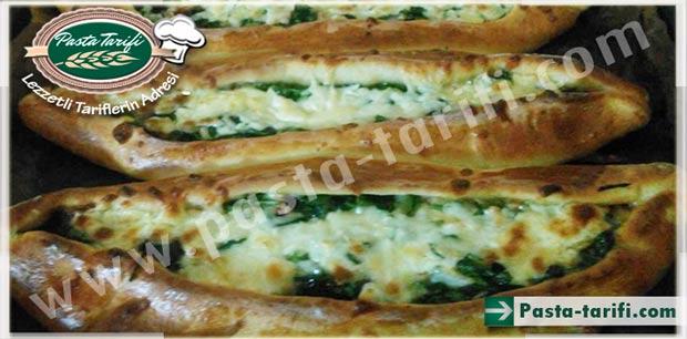 Ispanaklı Peynirli Pide