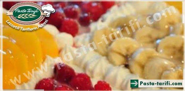 Gazozlu Meyveli Pasta Tarifi