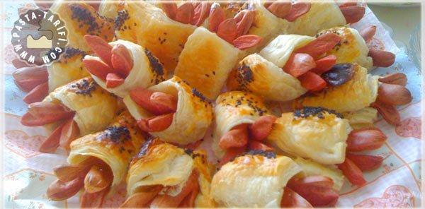 sosisli börek