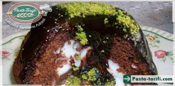 Sürpriz Kremalı Kek Tarifi
